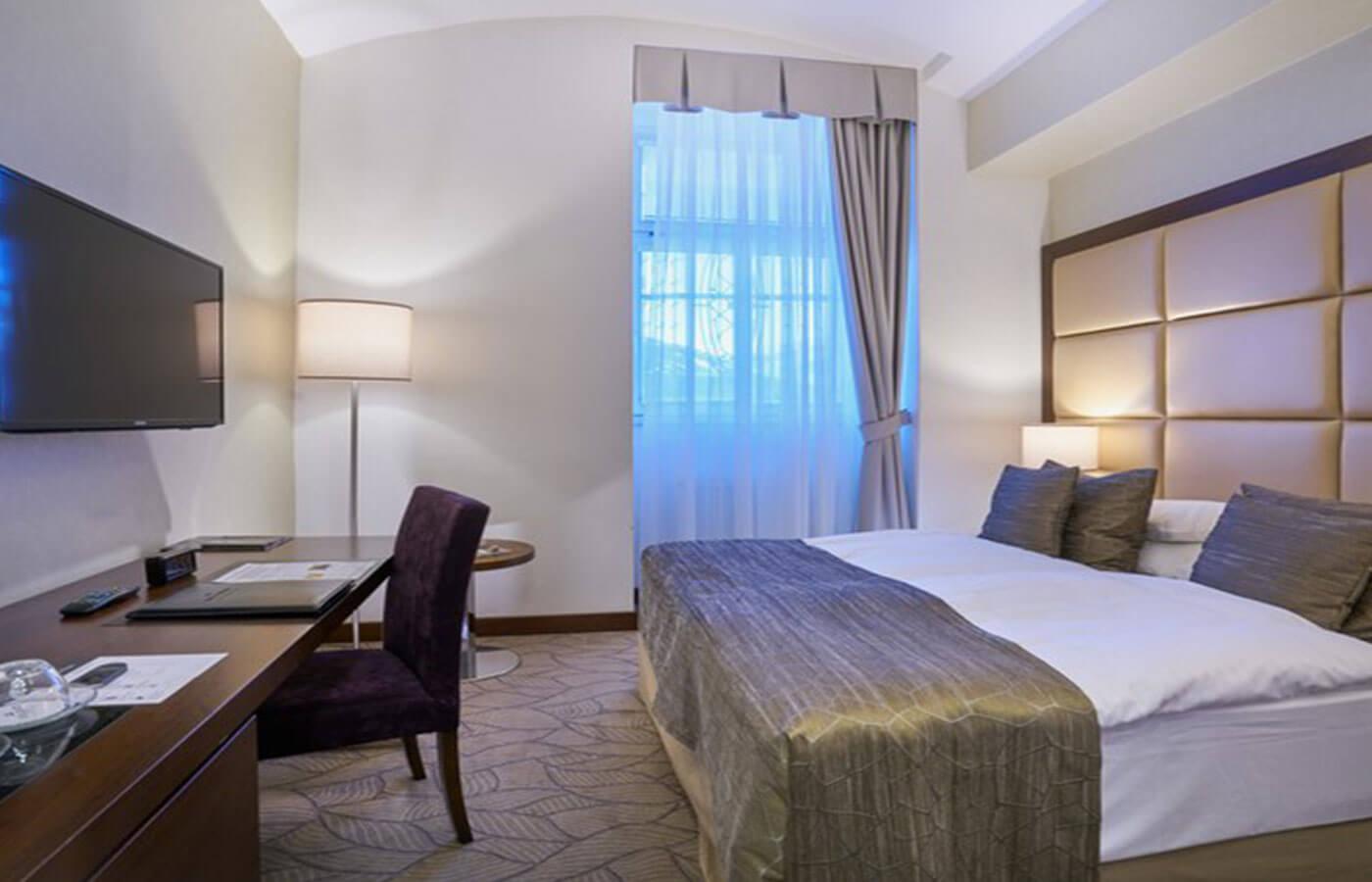 standard_room_1st_2