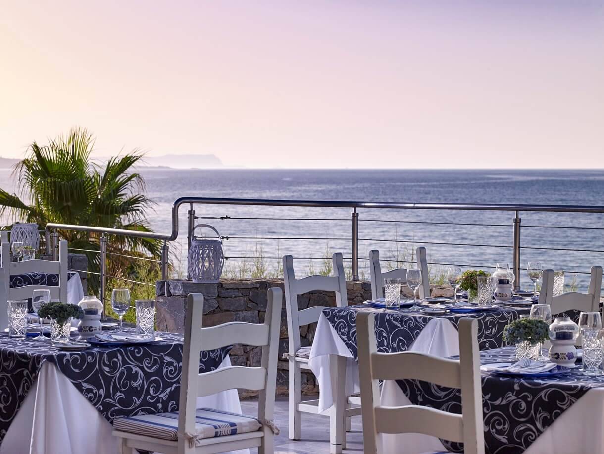 veranda_dining1