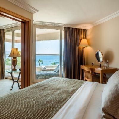 aria-dlx-suite-sea-view4